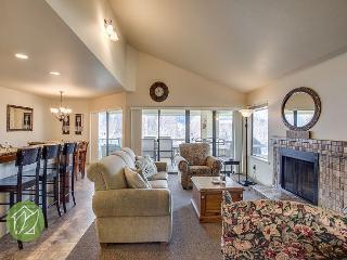 Wapato Point Halmalka Condo 504A by Sage Vacation Rentals - Manson vacation rentals