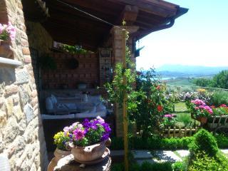 Casa con giardino in casale di pietra - Gioiella vacation rentals