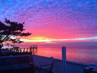Gorgeous Long Island bay front home. - Copiague vacation rentals