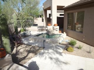 N. Scottsdale mountain views/club house gated comm - Scottsdale vacation rentals