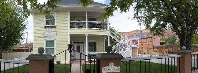 Tangren House Luxury Inn ~ 5 Bed Home - Image 1 - Moab - rentals