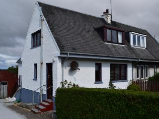 Self-catering Cottage - Mo Dachaidh - Bowmore vacation rentals