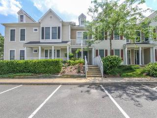 2 bedroom Apartment with Internet Access in Ocean View - Ocean View vacation rentals