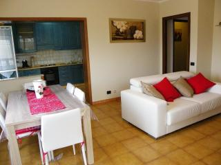 House with patio, garden and seaview - Imperia vacation rentals