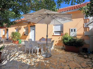 Bright 4 bedroom House in Zadar - Zadar vacation rentals