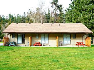 1 bedroom House with Long Term Rentals Allowed (over 1 Month) in Qualicum Beach - Qualicum Beach vacation rentals