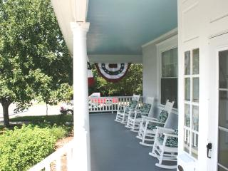 4 bedroom House with Internet Access in Cape Charles - Cape Charles vacation rentals