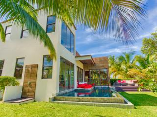 WILD ORCHID LUXURY RENTAL - 2bd - private pool - Placencia vacation rentals