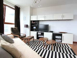 Sunny 1 bedroom Apartment in Gdynia - Gdynia vacation rentals