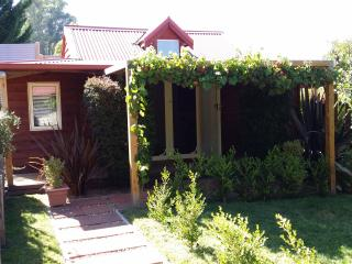 Bright 1 bedroom Villa in Bright with Internet Access - Bright vacation rentals