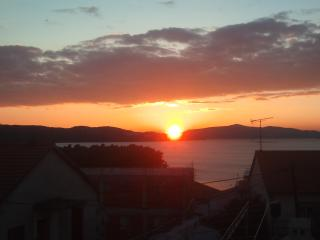 Comfortable Condo with A/C and Television - Trogir vacation rentals