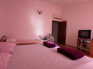 TH01879 Apartments Magi / One bedroom A1 - Hvar vacation rentals