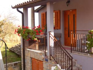 TH00308 Apartments Sveti Leonard / One bedroom A2 - Oprtalj vacation rentals