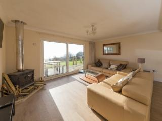 Bay View located in St Lawrence, Isle Of Wight - Whitwell vacation rentals