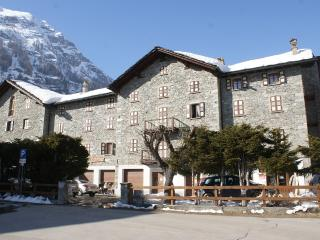 Nice Gressoney Saint Jean Studio rental with Parking - Gressoney Saint Jean vacation rentals