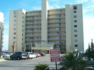 Perfect Condo with Internet Access and Shared Outdoor Pool - Gulf Shores vacation rentals
