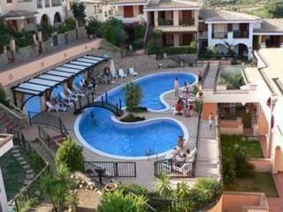 Villetta trivano in residence con piscina - Villasimius vacation rentals