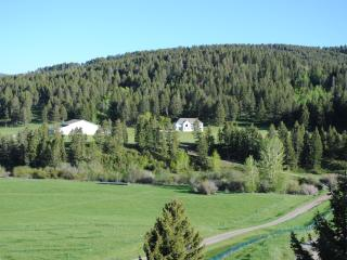 Up to 100 Guests * Wedding * Reunion * Group - Bozeman vacation rentals