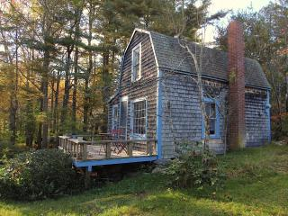 Antique Cottage in Serene Setting - Harpswell vacation rentals