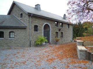 2 bedroom Gite with Parking in Bouillon - Bouillon vacation rentals
