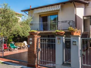 Perfect Villa Close to Lerici and Cinque Terre - La Spezia vacation rentals