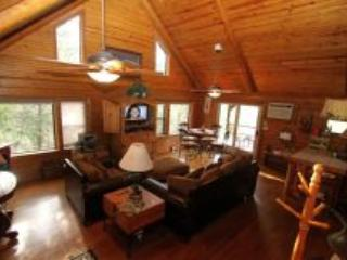 Secret Cove,  a romantic, private place to relax - Sulphur vacation rentals