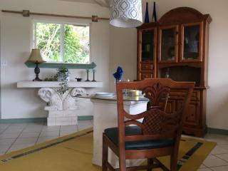 Mediteranean Style Ohana Rental SUITE / LOFT - Pahoa vacation rentals