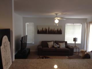 North Scottsdale Charming Home Great Location - Scottsdale vacation rentals