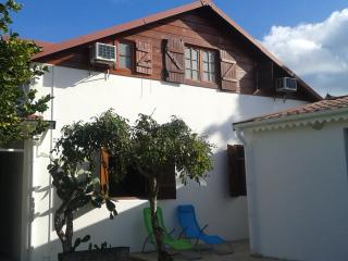 Bright 4 bedroom Port-Louis Villa with Internet Access - Port-Louis vacation rentals