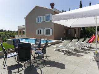 Apartments Vila Harmonia - Comfort One-Bedroom Apartment with Balcony - Cilipi vacation rentals