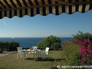 Appartamento Montecristo - Capoliveri vacation rentals