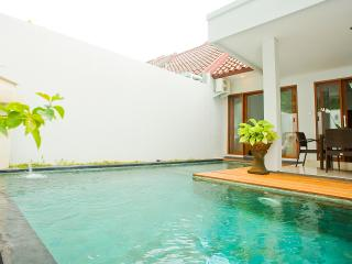 Cozy 2 bedroom Villa in Kerobokan - Kerobokan vacation rentals