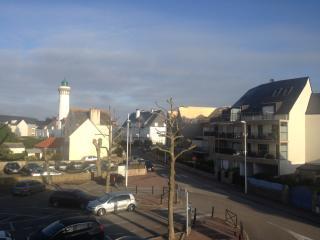 Bel appart 50m de la plage + garage + wifi - Quiberon vacation rentals