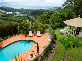 Bright Bed and Breakfast with Internet Access and Garage - Korora vacation rentals