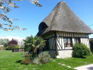 Maison de vacances proche de Honfleur - Fatouville-Grestain vacation rentals