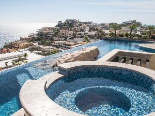 6 bedroom House with Shared Outdoor Pool in Cabo San Lucas - Cabo San Lucas vacation rentals