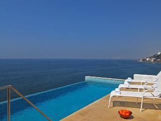 Villa Balboa - Puerto Vallarta - 8 Bedrooms - Cabo San Lucas vacation rentals