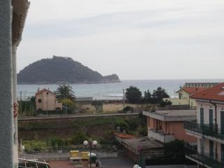 Nice Condo with A/C and Television - Albenga vacation rentals