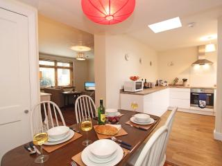 1 Weatherley Street, Seahouses - Seahouses vacation rentals