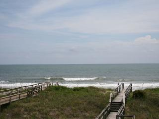 "Welcome to the ""The Lookout""-- Carolina Beach - Carolina Beach vacation rentals"