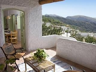 Charming cottage with private garden - La Taha vacation rentals