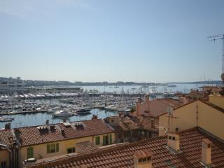 Résidence BARRI - Mer 2 - Cannes vacation rentals