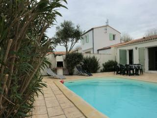 3 bedroom House with Washing Machine in Rivedoux-Plage - Rivedoux-Plage vacation rentals