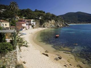 1 bedroom Condo with Internet Access in Scaglieri - Scaglieri vacation rentals