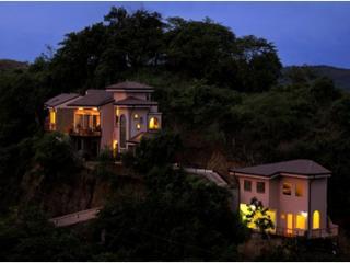 Casa Jewel - Luxury 4 Bedroom Home in Playa Ocotal - Playa Ocotal vacation rentals