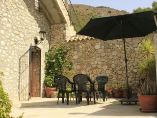 Casa Mika. Apartement 2 spacious with own patio - Guadalest vacation rentals