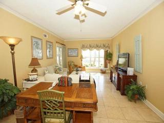 Lovely Villa with Internet Access and Private Outdoor Pool - Hilton Head vacation rentals