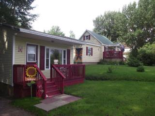 Nice Cottage with Internet Access and A/C - Pleasant Bay vacation rentals