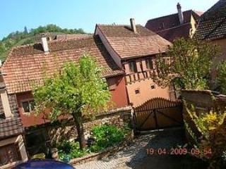 Romantische Ferienwohnung in Herrenhaus XVI. Jh. - Niedermorschwihr vacation rentals