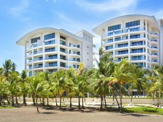 Oceanfront Penthouse, Million $$ View - Guayabo vacation rentals
